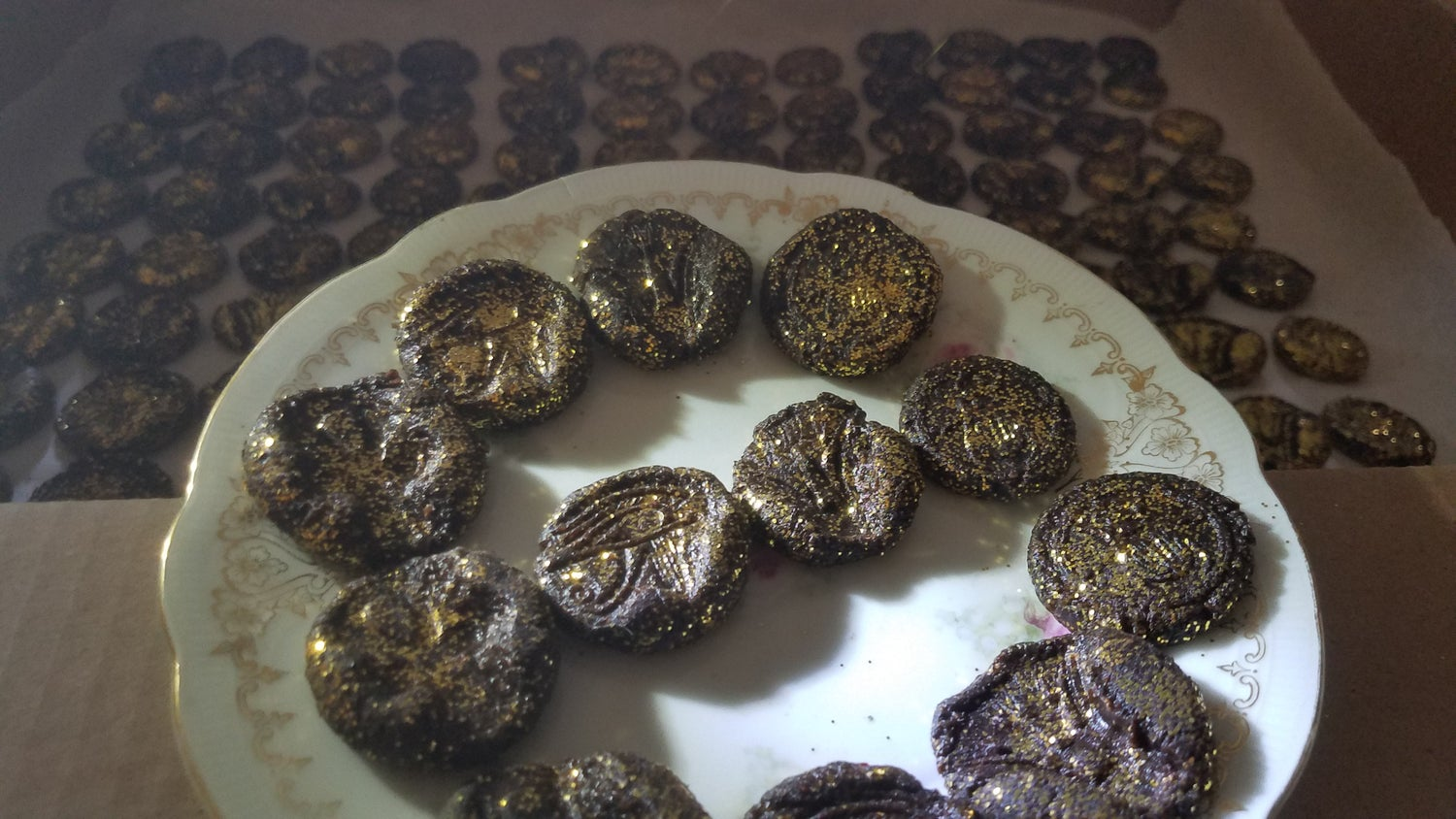 Image of Fresh Gilded Kyphi Incense