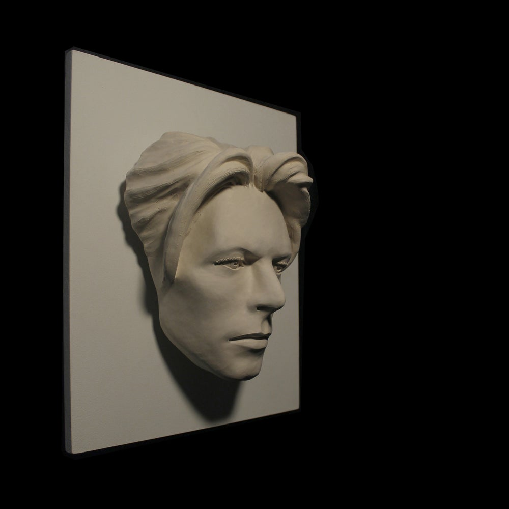 David Bowie - LED Version - The Man Who Fell To Earth Sculpture