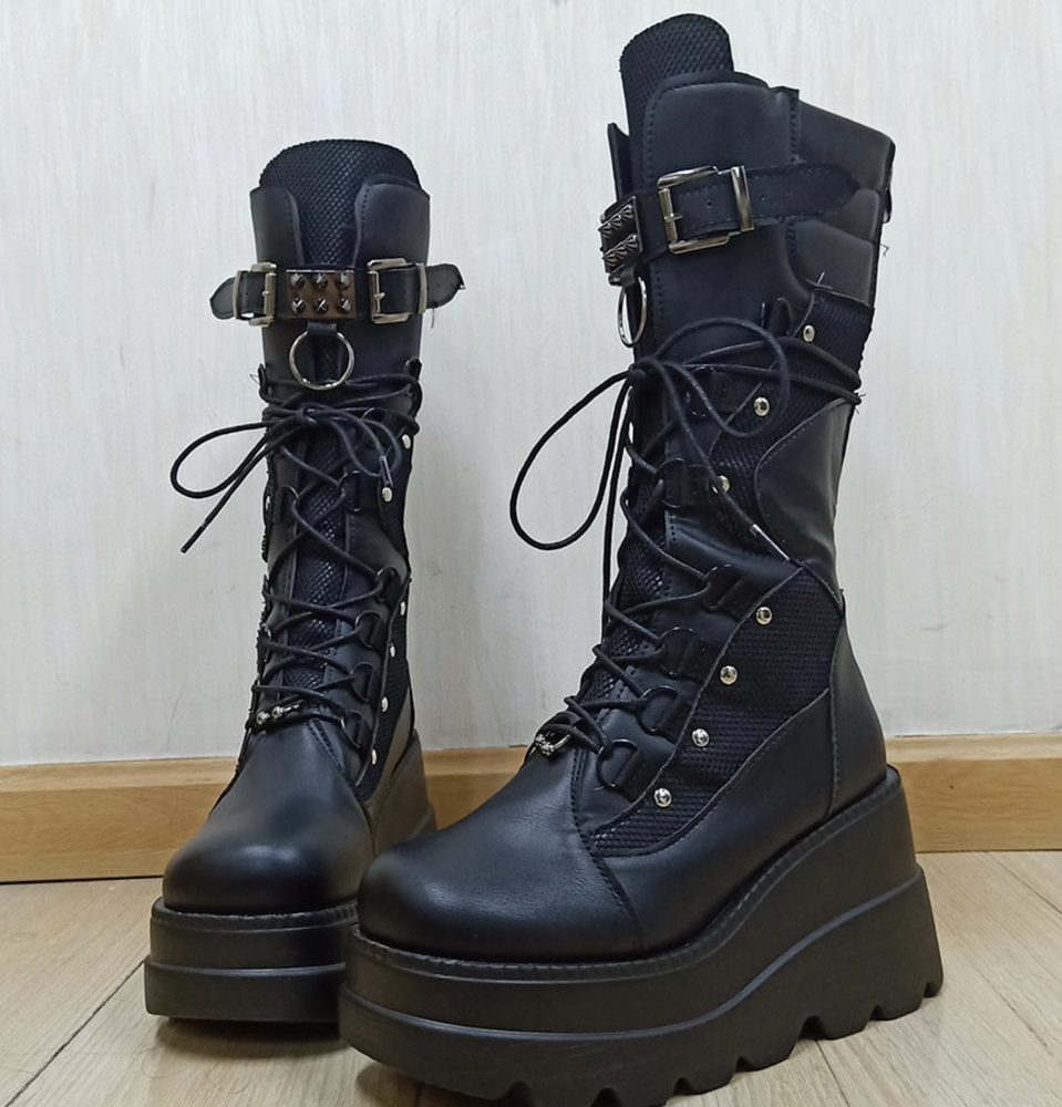 Image of Huddy Wedge Boots