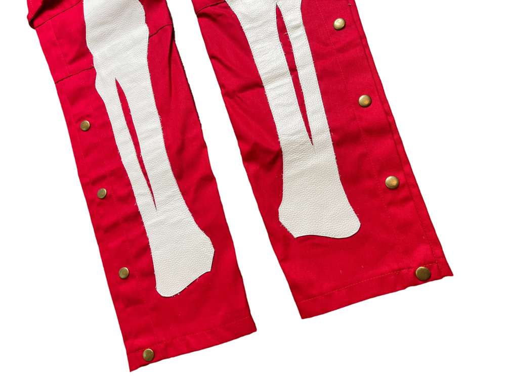 CHERRY RED  SNAP CARGO BONE PANTS
