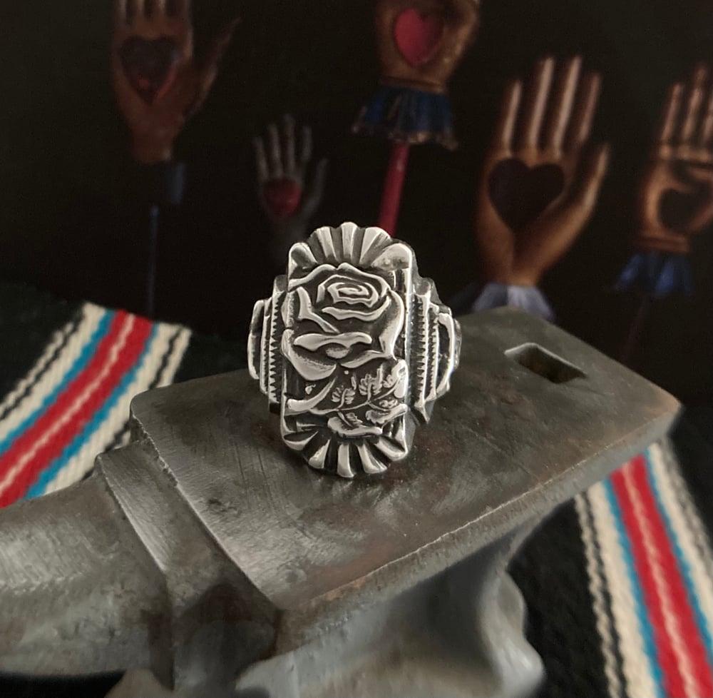 ORNATE ROSE SOUVENIR RING