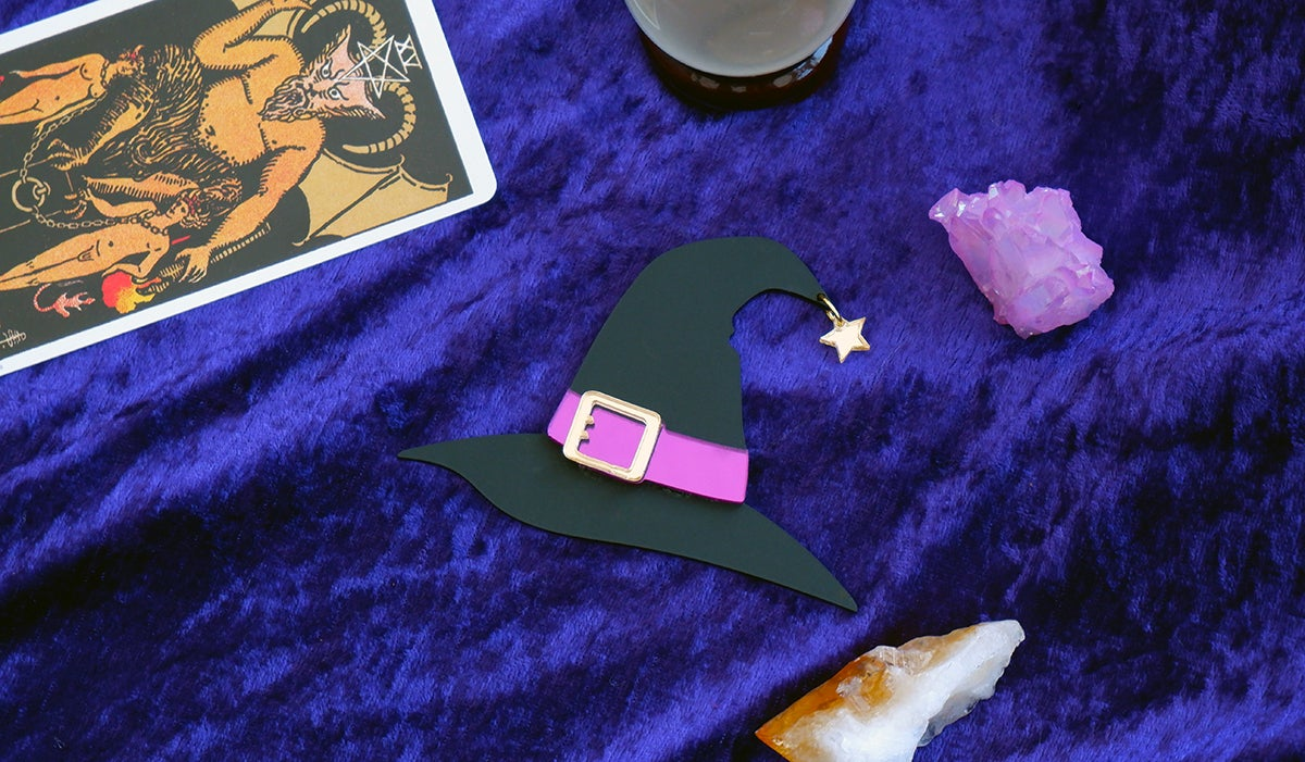 Image of Witches Hat Brooch