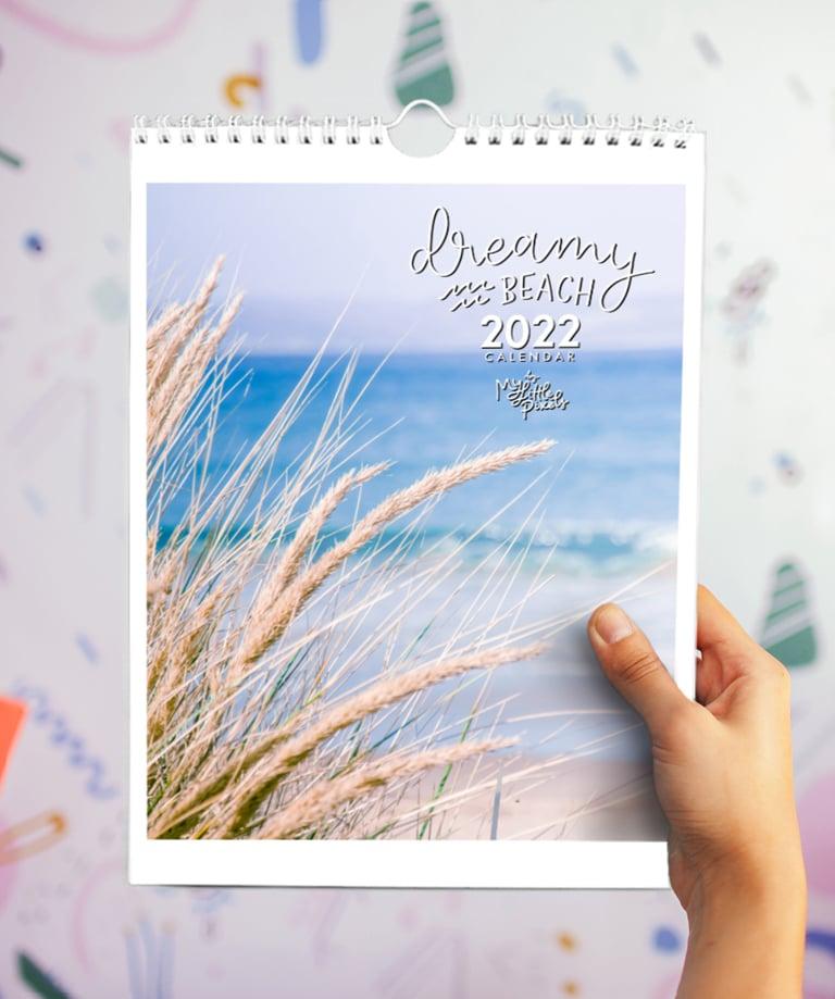Image of 2022 Dreamy Beach calendar