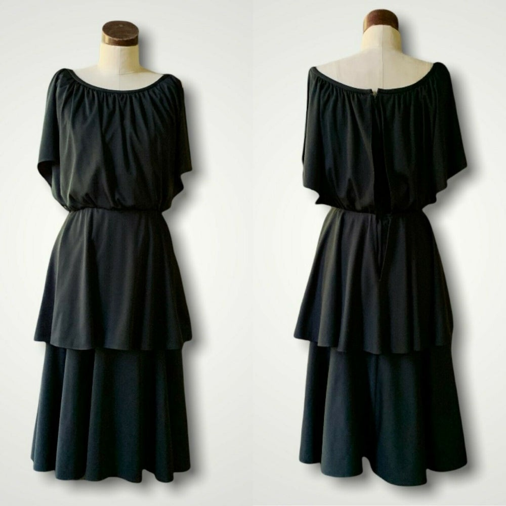 Black Tiered Cocktail Dress Small