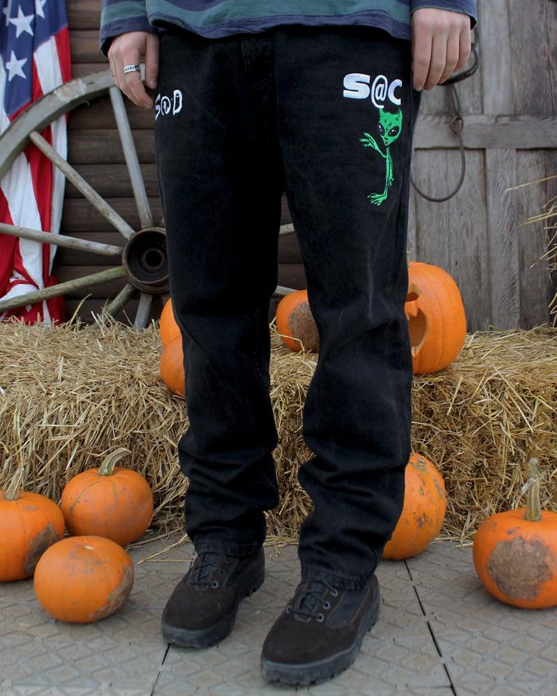 "Image of ""Alien BBY"" embroidered denim jeans (Black)"