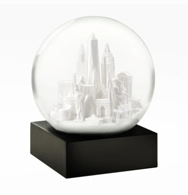 Image of Snow Globes! (4 Kinds)