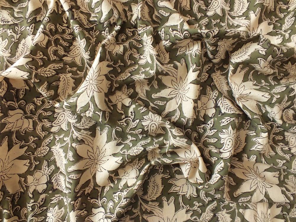 Image of Namasté fabric fleurs de thé