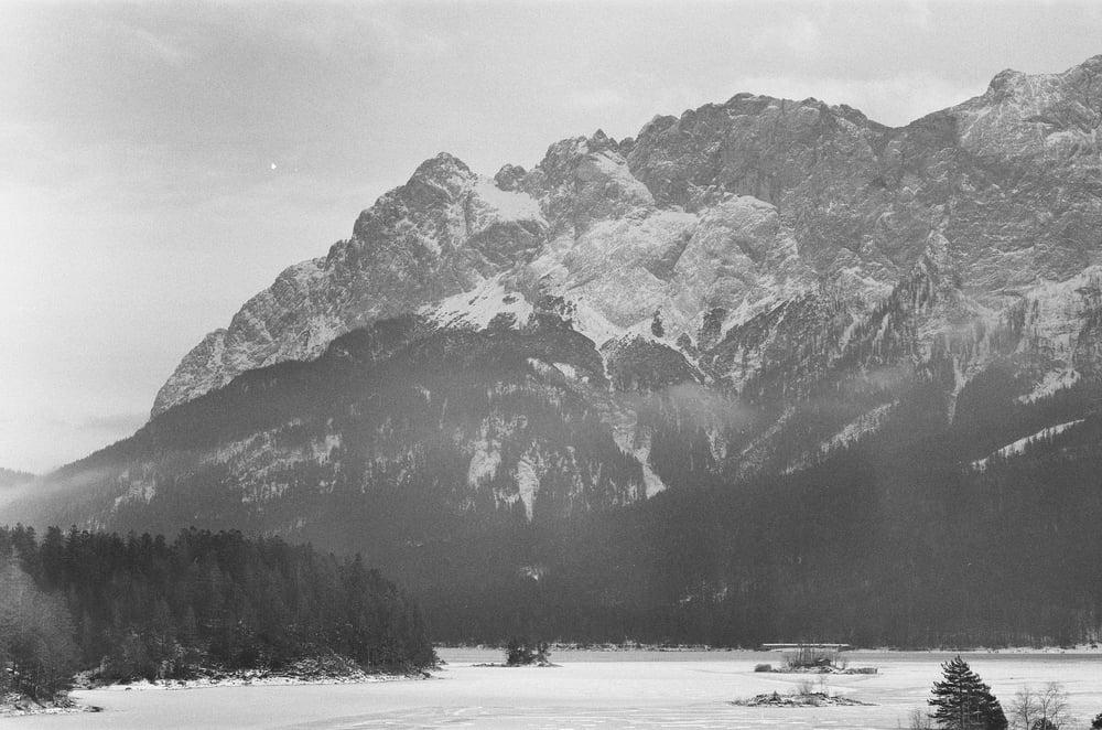 Image of Scene from Variazioni Sulla Baviera 01