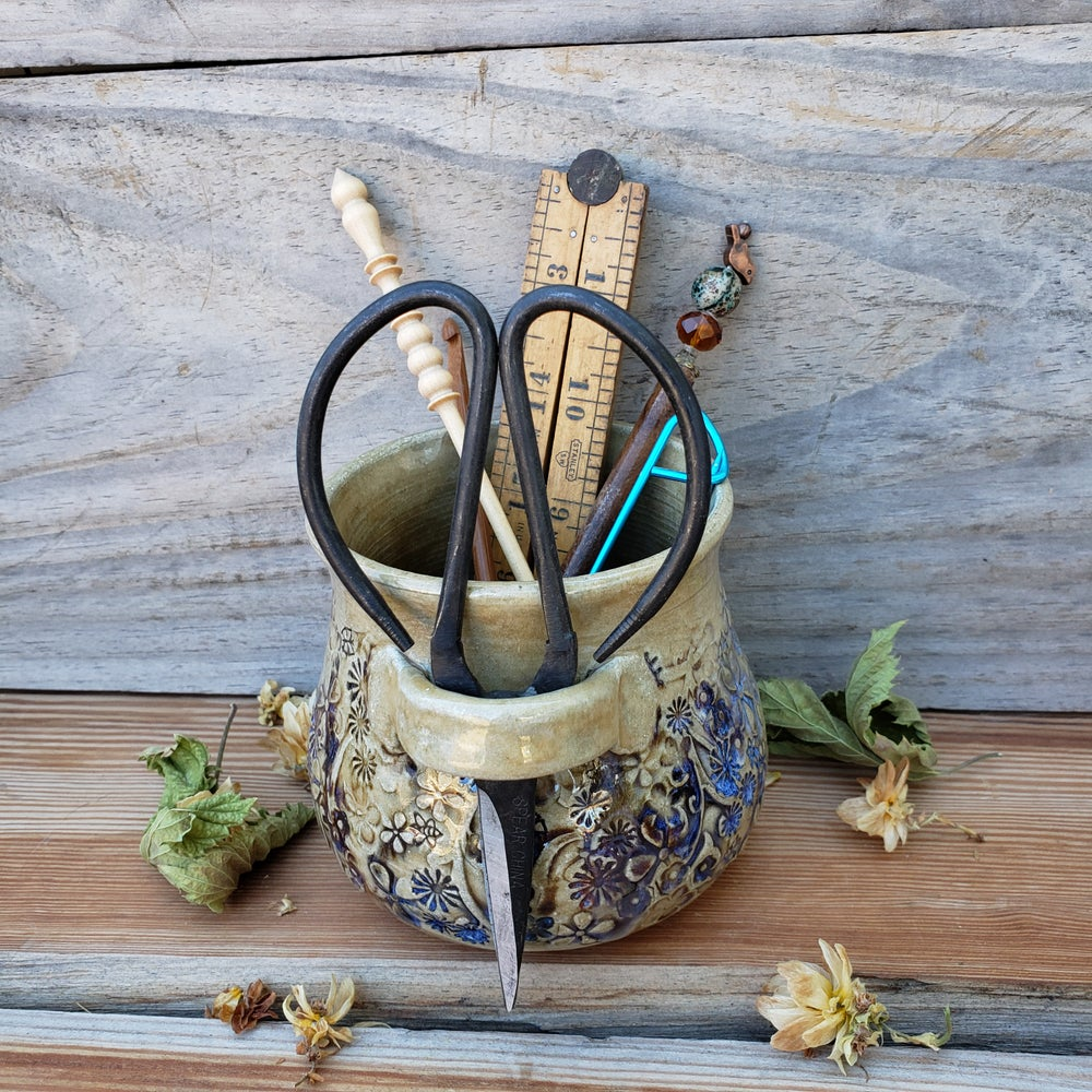 Image of Medium Crafter's Catch-all and snips: Mountain Flower Honey 10/21