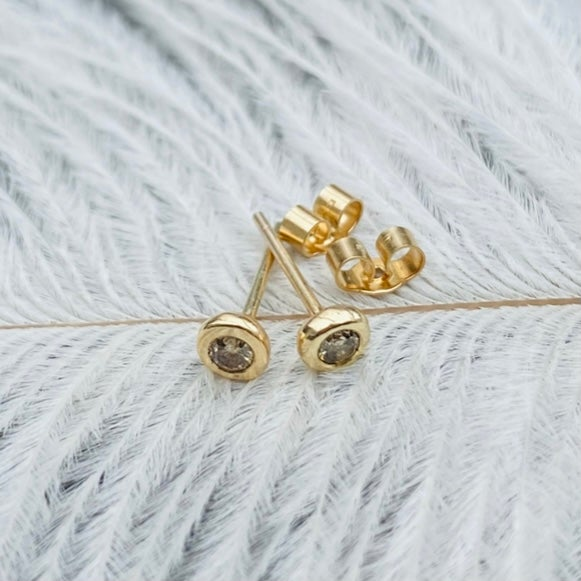 Image of 9ct gold and diamond studs