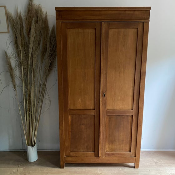 Image of Armoire #106