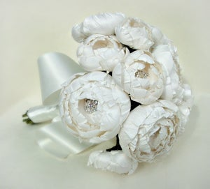 Image of All White Catala Bouquet in Silk Dupioni and Silk Taffeta