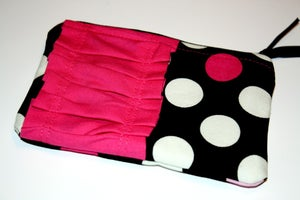 "Image of ""Holly"" Zippy Pouch"