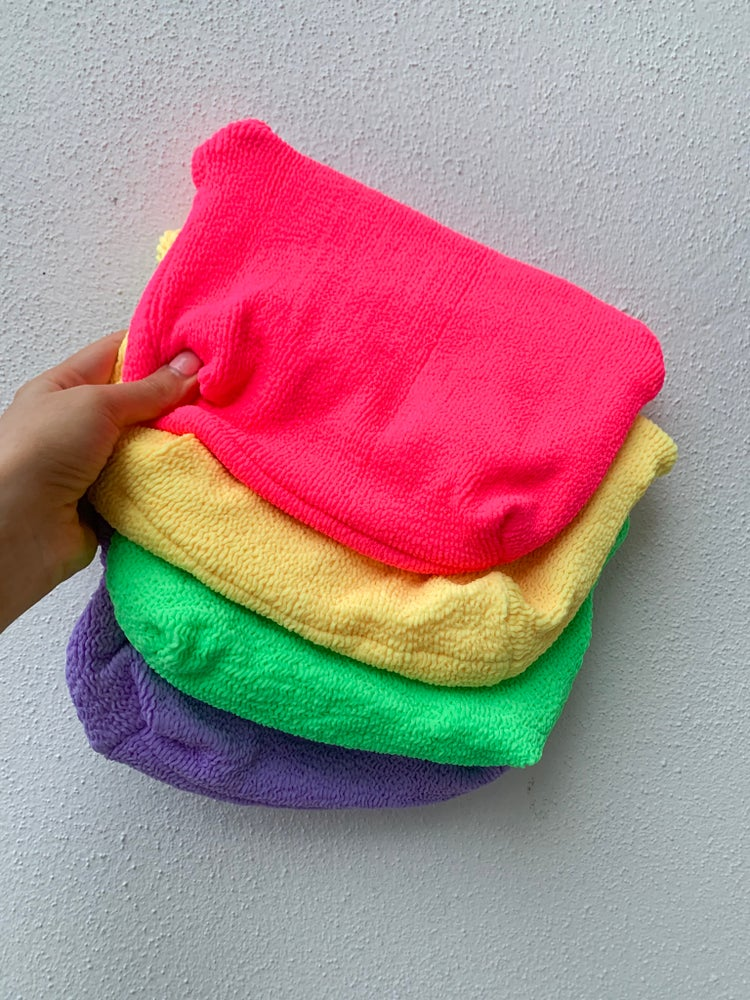 Image of Squishy Crinkle Clutch