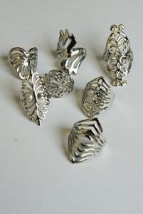Image of Ornate Thumb Ring