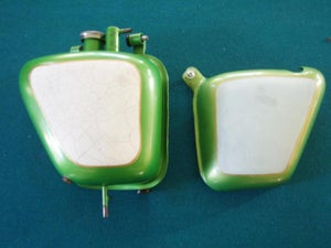Image of triumph oil tank and side cover