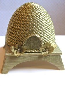 Image of Golden Beehive Topper