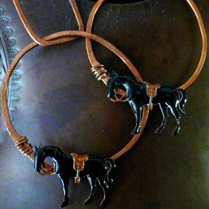 Image of Hammered chain & horses set