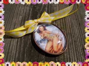 Image of Pin-Up Bathing Beauty Necklace