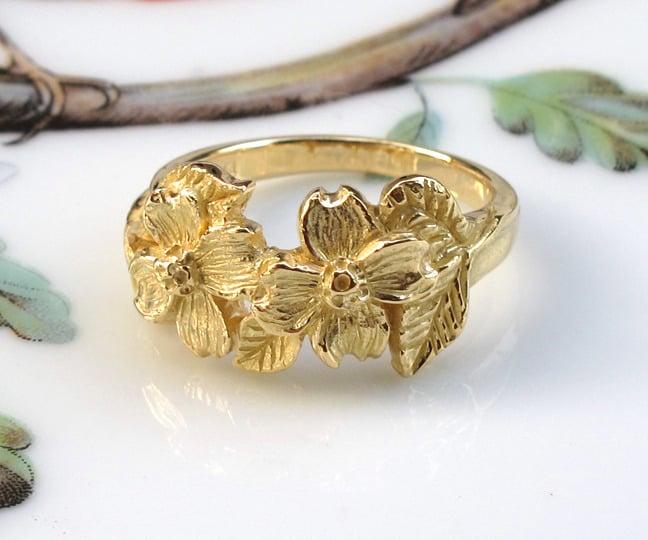 Image of Botanical Dogwood Flowers 18k Gold Ring
