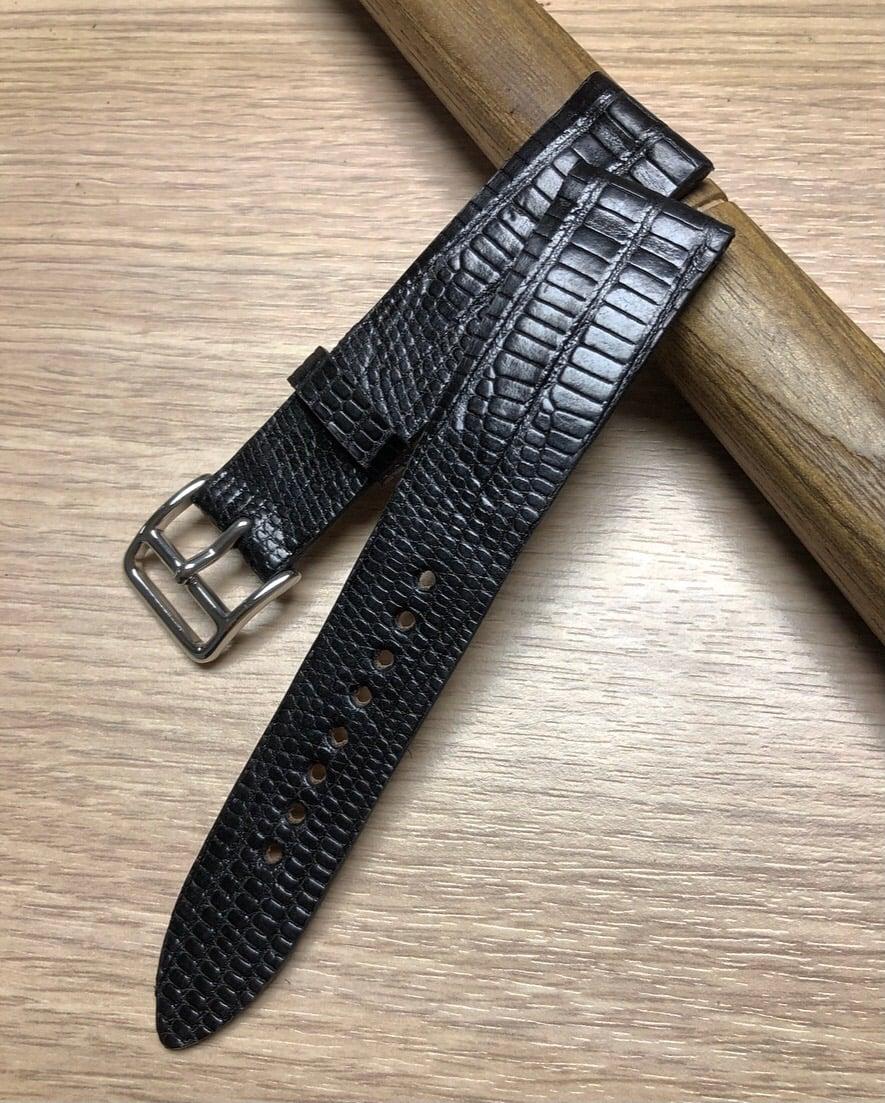 Image of Black Tegu extra thin watch ttrap - Hourglass Cut
