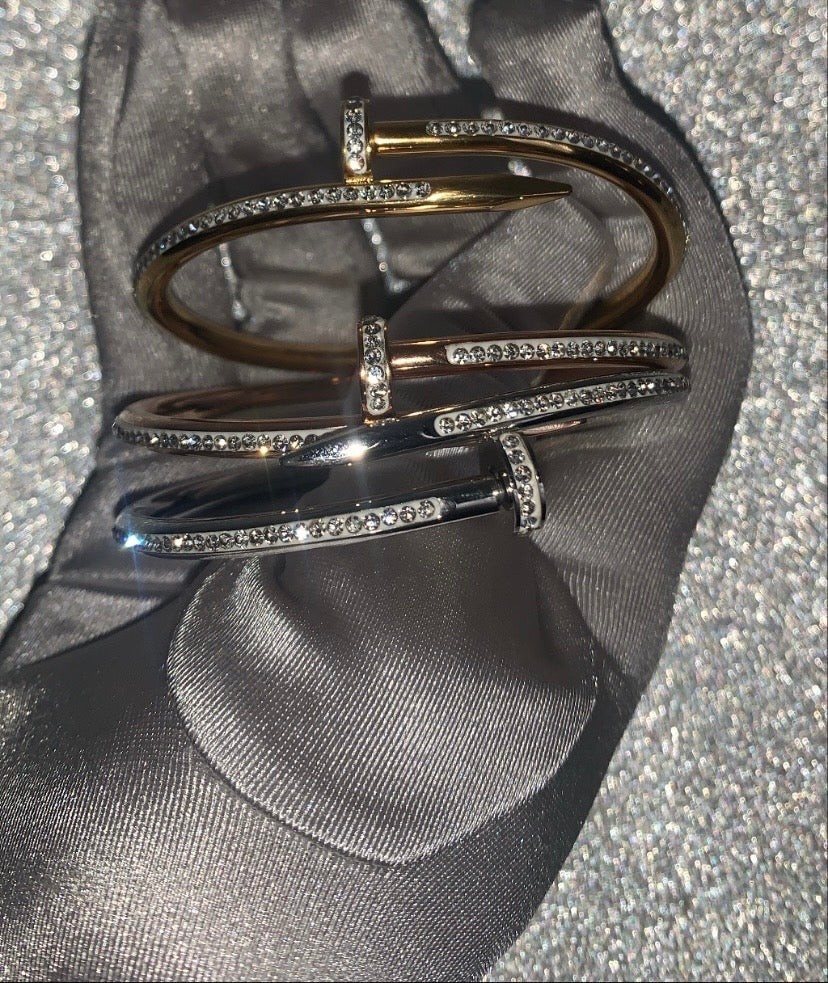 'Nailed it' bracelet