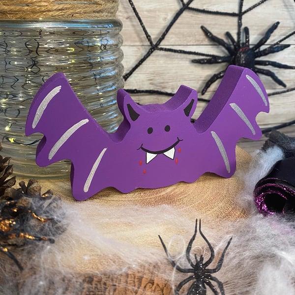 Image of Freestanding Bat