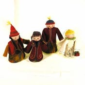 Image of Medium felt dolls