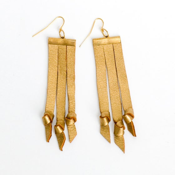 Image of knots of 3 earrings