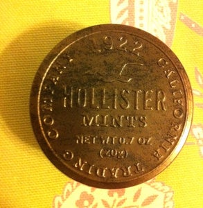 Image of Hollister Co. signature mints