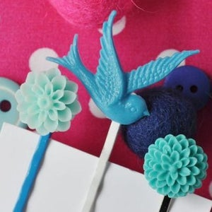 Image of blue sparrow - set of 3 hair pins