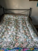 Image of Vintage floral single eiderdown