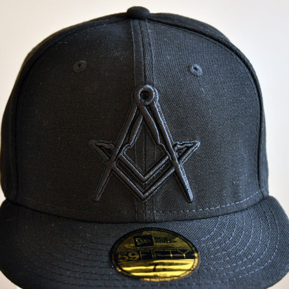 Image of New Era 5950 Fitted Cap - Black