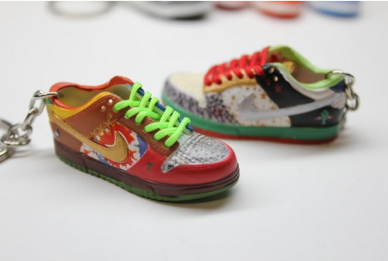 official photos 56cef 9eef8 Image of Nike Sb What The Dunk Keychain