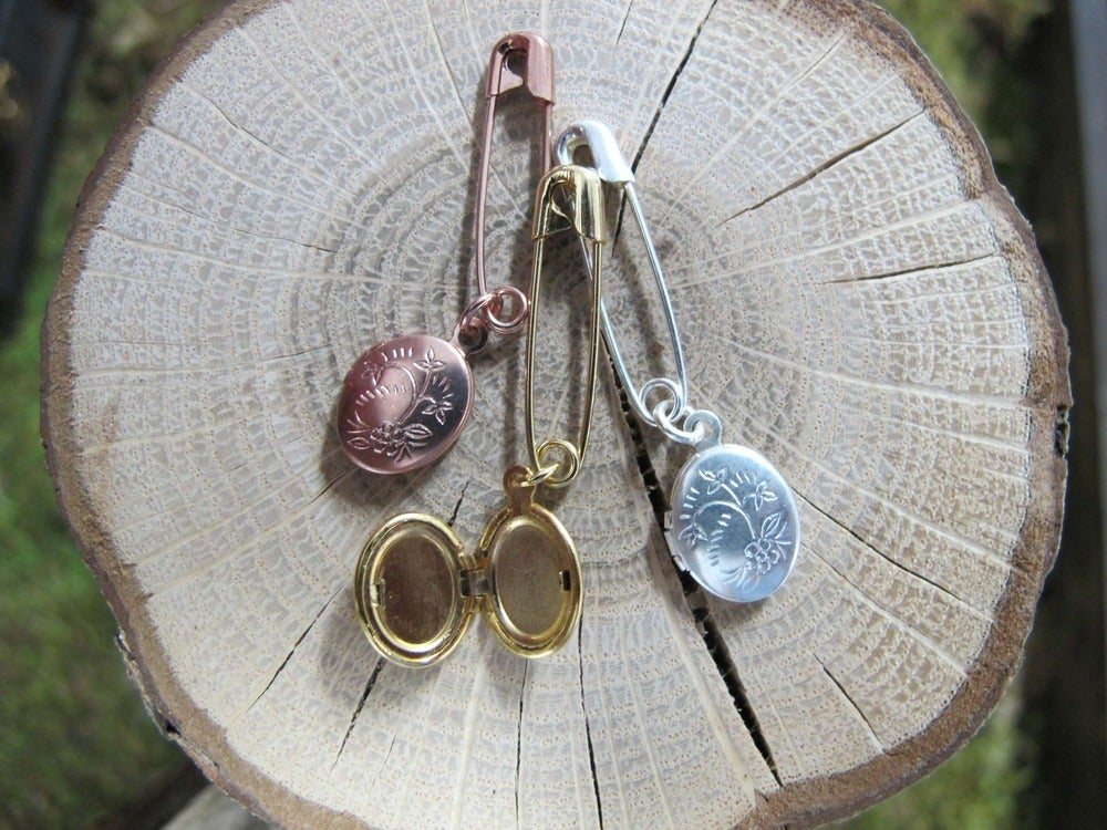 Image of LOCKET PINS