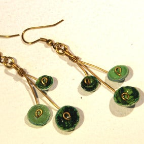 Image of Earrings Spray