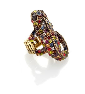 Image of Walk this way ~  Gekko Swarovski Crystal ring
