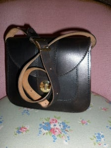 Image of Vintage black leather shoulder bag
