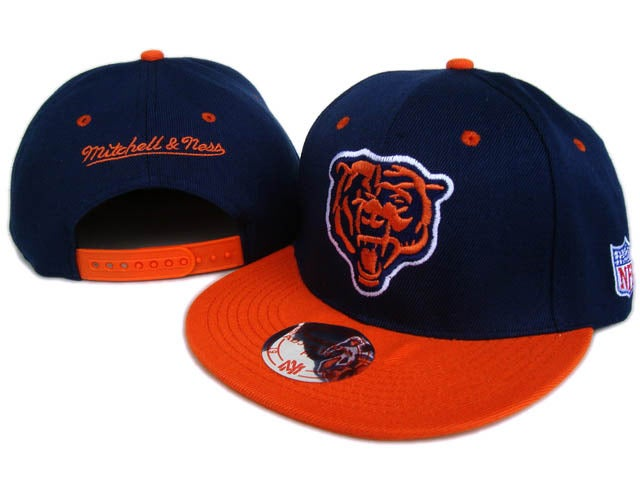 buy online 2dc01 17bc6 Chicago Bears - Mitchell and Ness Snapback