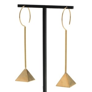 Image of 18kt Gold Pyramid Earrings