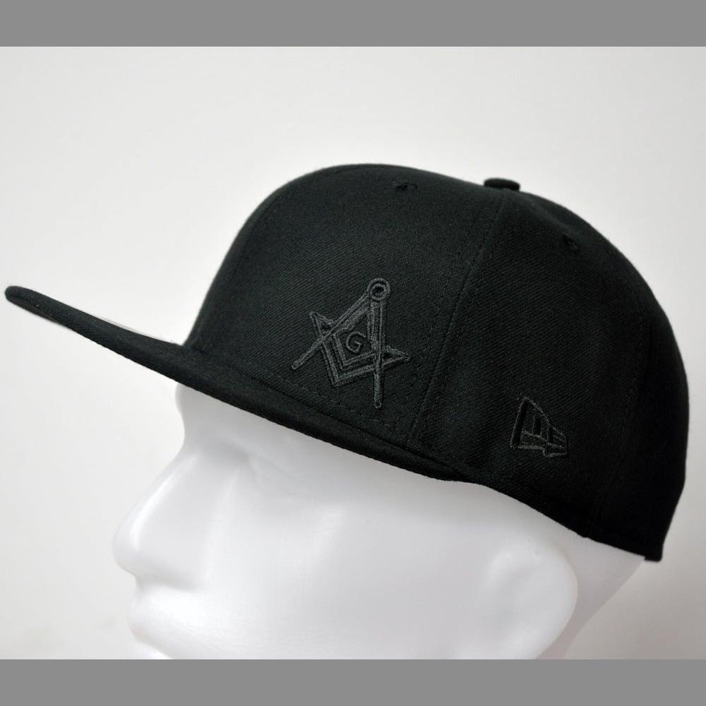 d417d0b5 New Era 5950 Fitted Cap - Black Flawless