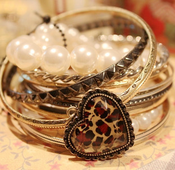 Image of Leopard Heart Bangle Set