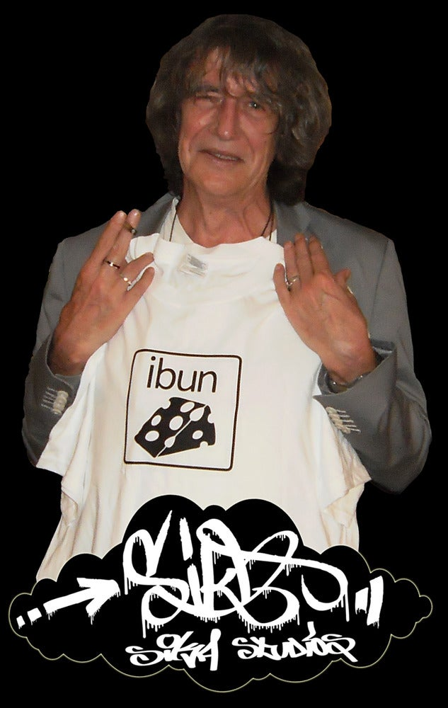((SIKA x ibun)) ibun cheese T-shirt