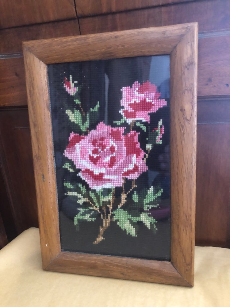 Image of French Red & Pink Rose Tapestry