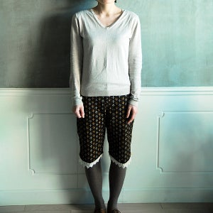 Image of Lace Short Pants /花邊短褲(code: 042)