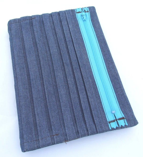 Image of Visual Journal Re Usable Slip Cover A5 - Denim Pleats and Zip