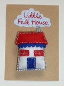 Image of Little Felt House Brooch (Red and Blue)
