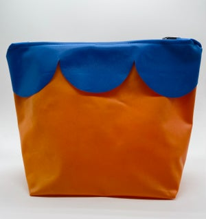 Image of Washbag - Recycled swimming pool