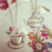 Image of Tea cup & Tea pot