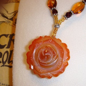 Image of Tea Rose Necklace